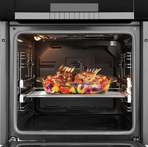 convection-oven-rack-of-lamb-and-roasted-vegetables